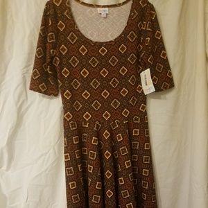 New with Tag, Women's LuLaRoe Nicole Dress Size Me